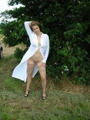 Sandra_2005_Outdoor4151.jpg