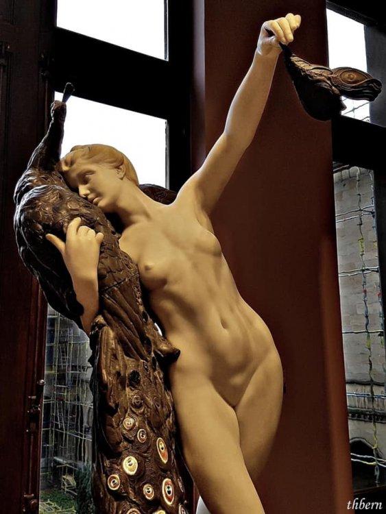 Lifelike Sculpture.jpg