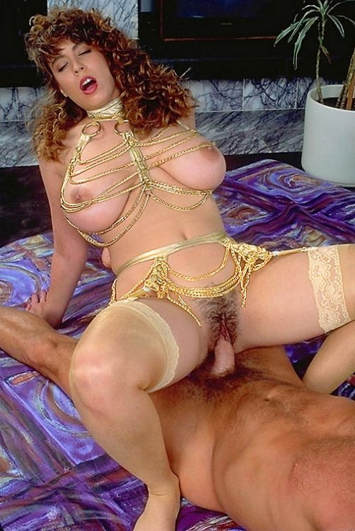 christy_canyon_cowgirl_nylons_chains_8_image018.jpg