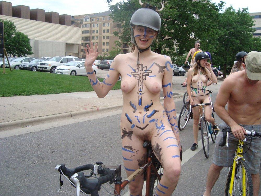 biker seat78hry55.jpg