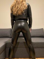 SexyHotwife4BBC