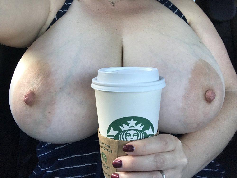 Gotta Hab Mah Starbucks.jpg